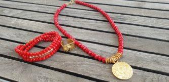 שרשרת אופנה, שרשרת אדומה, שרשרת נוכחות, אדום, תליון זהב, שרשרת יפה, שרשרת לארוע, תכשיטי אופנה, MFcollection