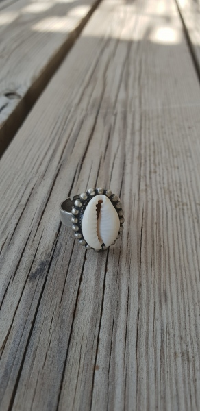 אופנה MFcollection, תכשיטים, תכשיטי אופנה, תכשיטים יפים, טבעת, טבעות, ריבוע, טבעת ריבוע, טבעת זהב יפה, טבעת צדף, צדף, כוכבים, טבעת צדף כסף, טבעת כסף,